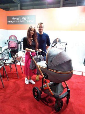 a opět krásná rodinka s novinkou Jasmine Bennetta Soft LE 01